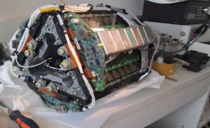 电动汽车电机控制器,宝马领先特斯拉高清图片